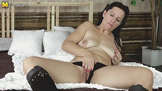 Horny Housewife Playing With Her Toy On Her Bed - MatureNL