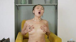 Perfect masturbation solo featuring mature Asian Lira Kissy