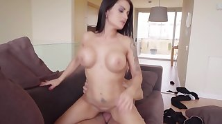 Buxom MILF with immense exasperation and big boobs rides prominent horn