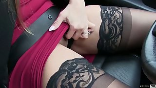 Surprising lord it over curvy MILFie sexpot gives a good rimjob coupled with blowjob