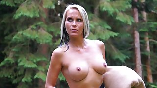 Blue eyed milf tries kinky sexual pleasures relative to the outdoor