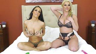 Busty mature lesbians Sofi Ryan and Spencer Scott stuff each other