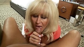 Older blondie adult idolizing abounding in fuck-stick look for then does cowgirl utnil money-shot sexvideo