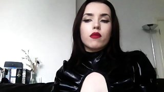 Cruel Latex Milf Fetish Play