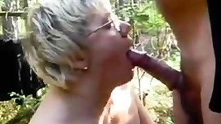 With Mature Lady at the Forest.m4v