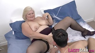 Granny gets her housewife snatch shagged really hard
