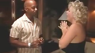 Very Busty Southern Mother I´d Like To Fuck Loves BIG BLACK COCK