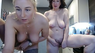 Caught my mom and my aunt masturbating together