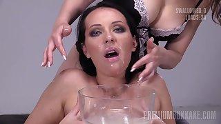 Carolina Vogue bukkake hot porn video